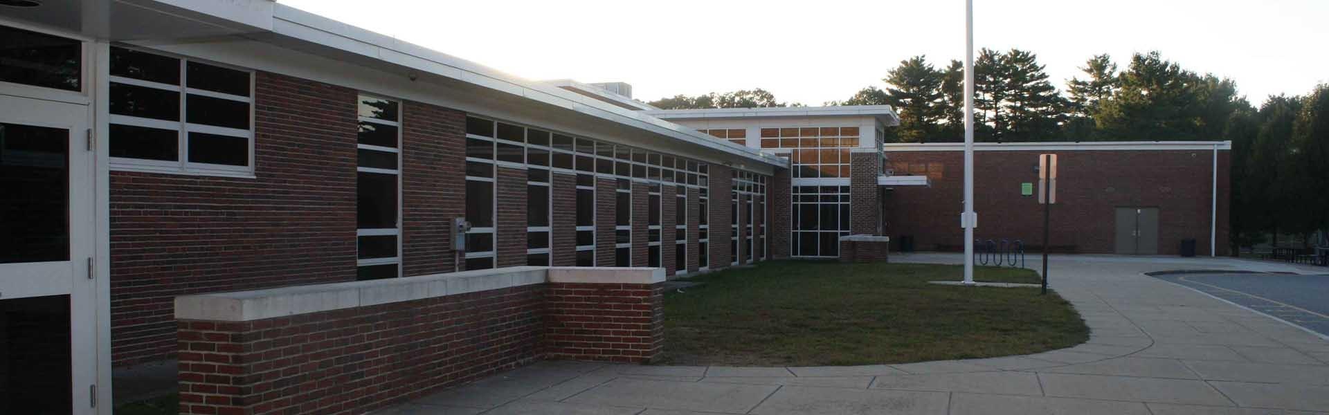 Lynnfield high school Massachusetts Building Banner Main USA 2019