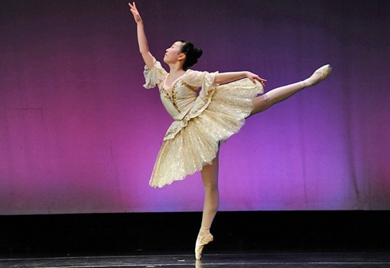 Stoneleigh-Burnham Massachusetts USA Dancer Gallery 2019