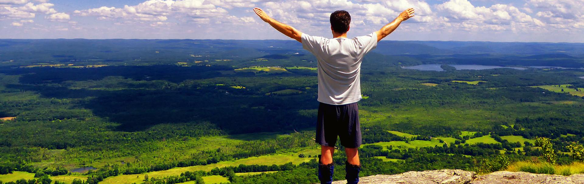 Educatius-WorcesterAcademy-Massachusetts-Boarding-hiking-Banner-2019