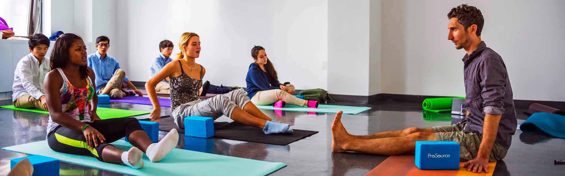 LemanManhattan-highchool-NY-Yoga-MAin-BAnner