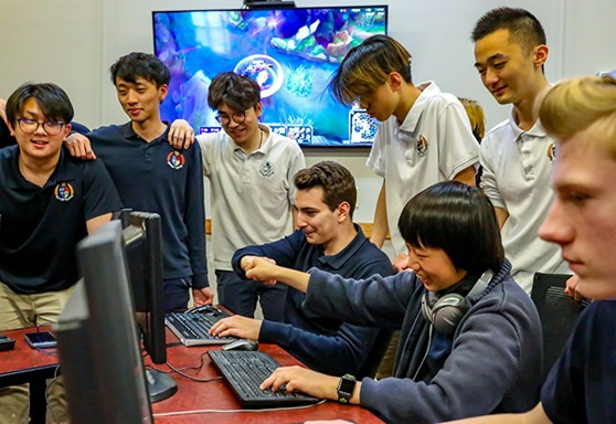 Students Playing ESports at The Storm King School New York