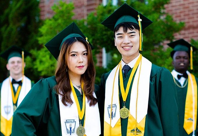 BenLippen-USA-SC-Graduation-Thumbnail