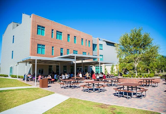 The Village School Texas USA campus outdoor