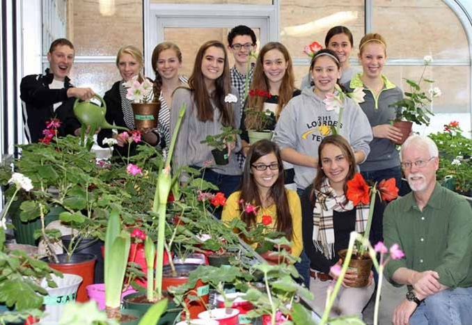 Lourdes Academy Wisconsin USA Greenhouse Thumbnail 2019